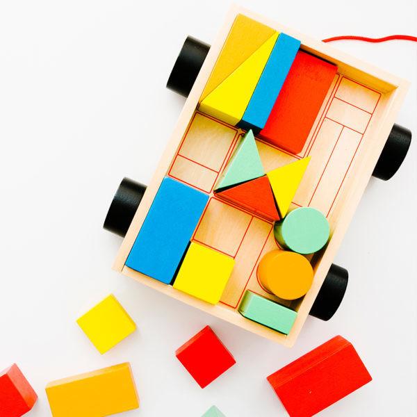 Jucarii & jocuri educative