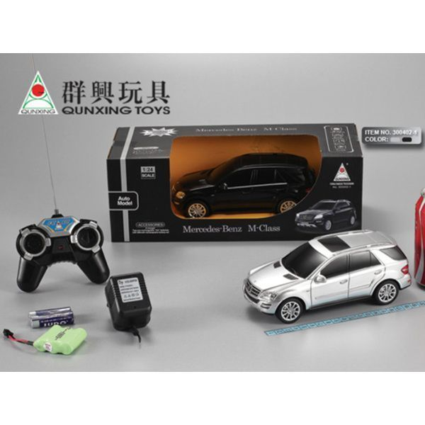 1:24 BENZ  R/C CAR WITH CHARGER (black/metalic)